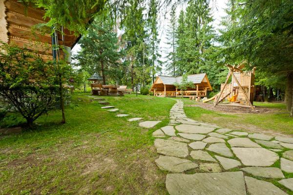 Tatra House-13